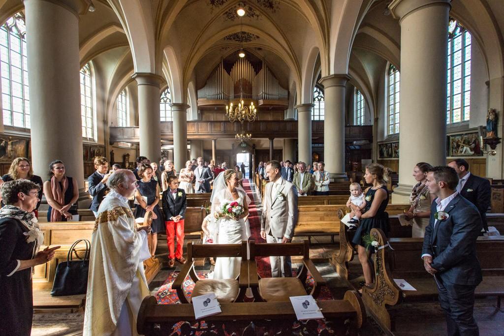 Ceremonie kerk, Originele bruidsfotografie