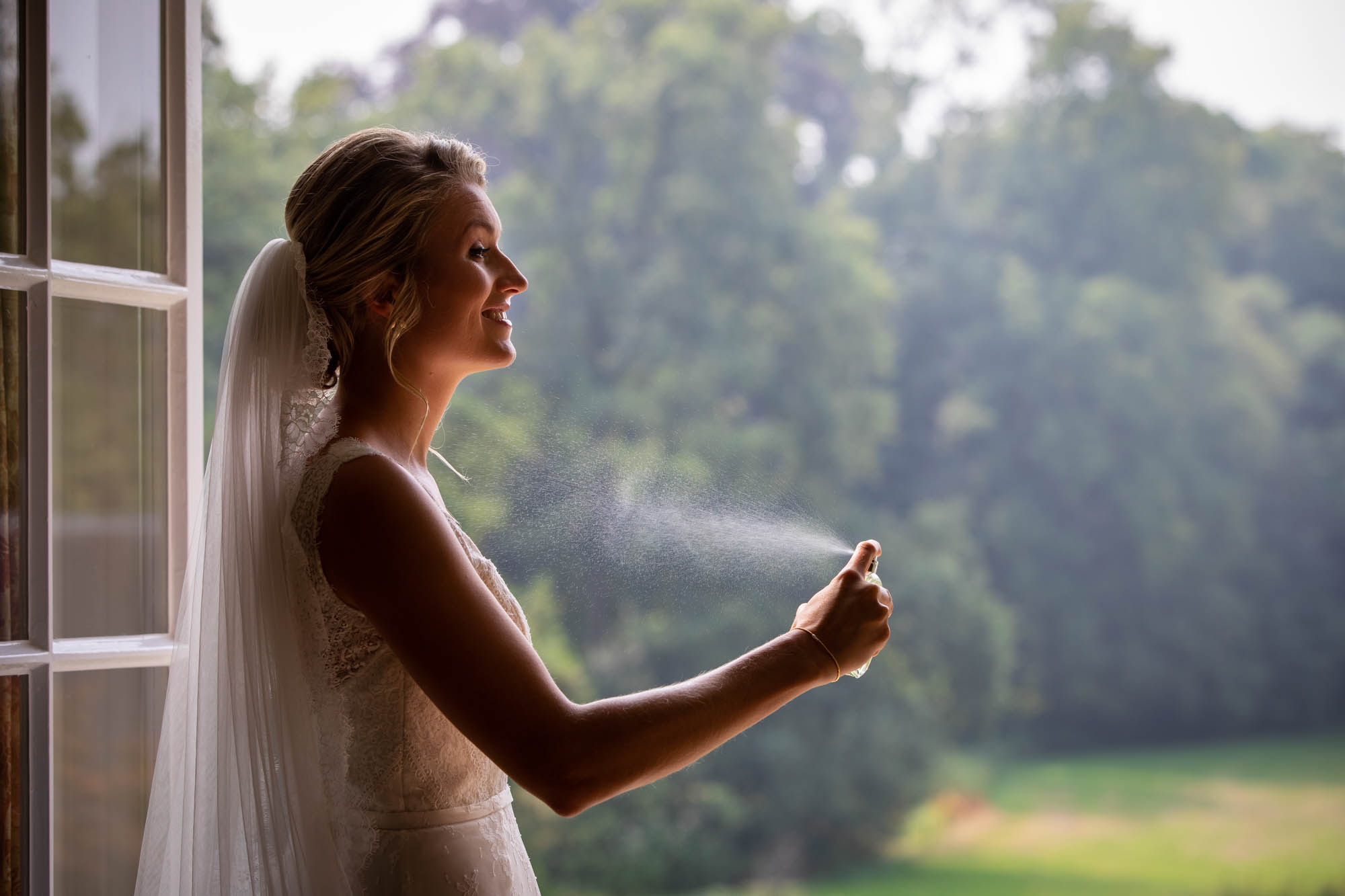 Journalistieke bruidsfoto Kasteel Maurick.
